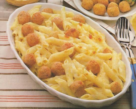 Macaronis aux boulettes de poisson