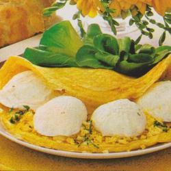 Omelette aux oeufs cachés