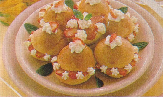 briochins-aux-fraises.jpg
