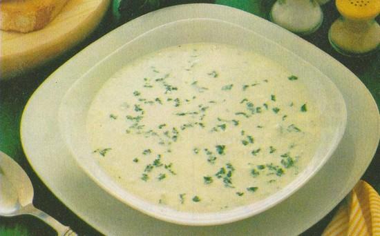 Potage Edmée (choux-fleurs, poireaux, oignons)