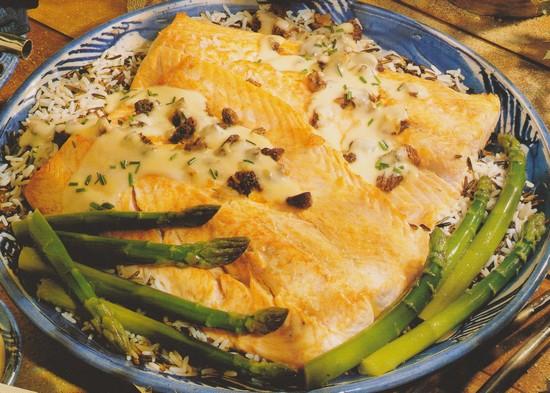 saumon-grille-sauce-morilles.jpg